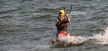 Kiteboard student with the Refresher Course