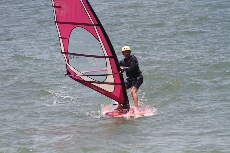 Beginner Windsurf Lessons